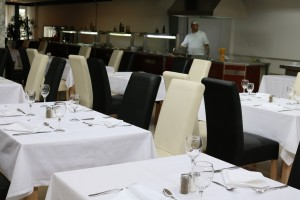 Hotel Medena main-restaurant (11)